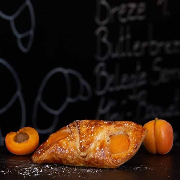 APRIKOSEN-croissant